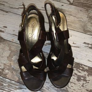 JESSICA SIMPSON BROWN WEDGES SIZE 6